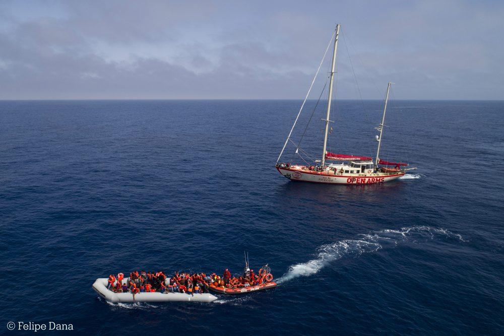 """""""El naufragio de los Derechos Humanos en el Mediterráneo"""", por Helena Maleno y Anabel Montes"""