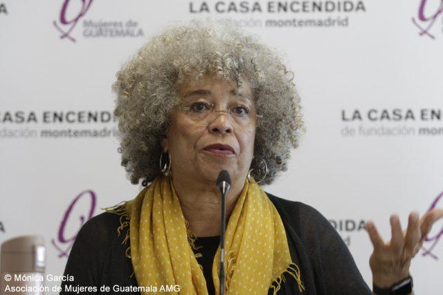 Angela Davis - Mónica García